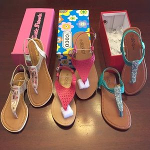 Other - New sandals. Bundle of 3. Size 4